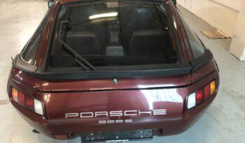 Porsche 928 S van 1983 vol